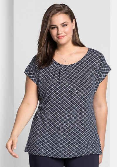 Sheego T-Shirt mit grafischem Alloverdruck