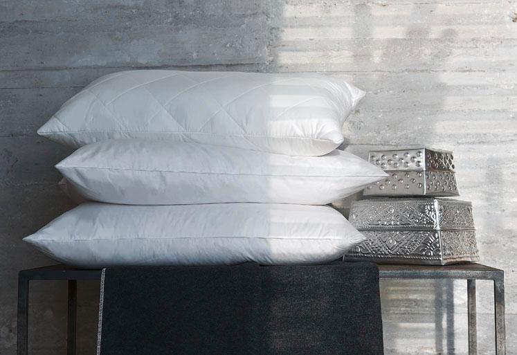3-Kammer-Kopfkissen, »Deluxe«, Centa-Star, Füllung: Außenkammer mit 90% Gänsedaunen, 10% Gänsefedern, Bezug: Mako-Inlet aus 100 % Baumwolle, (1-tlg)