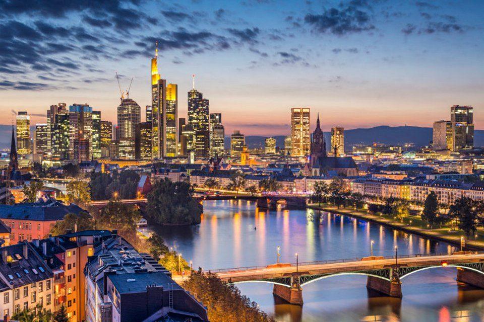PAPERMOON Fototapete »Frankfurt am Main«, Vlies, 7 Bahnen, 350 x 260 cm
