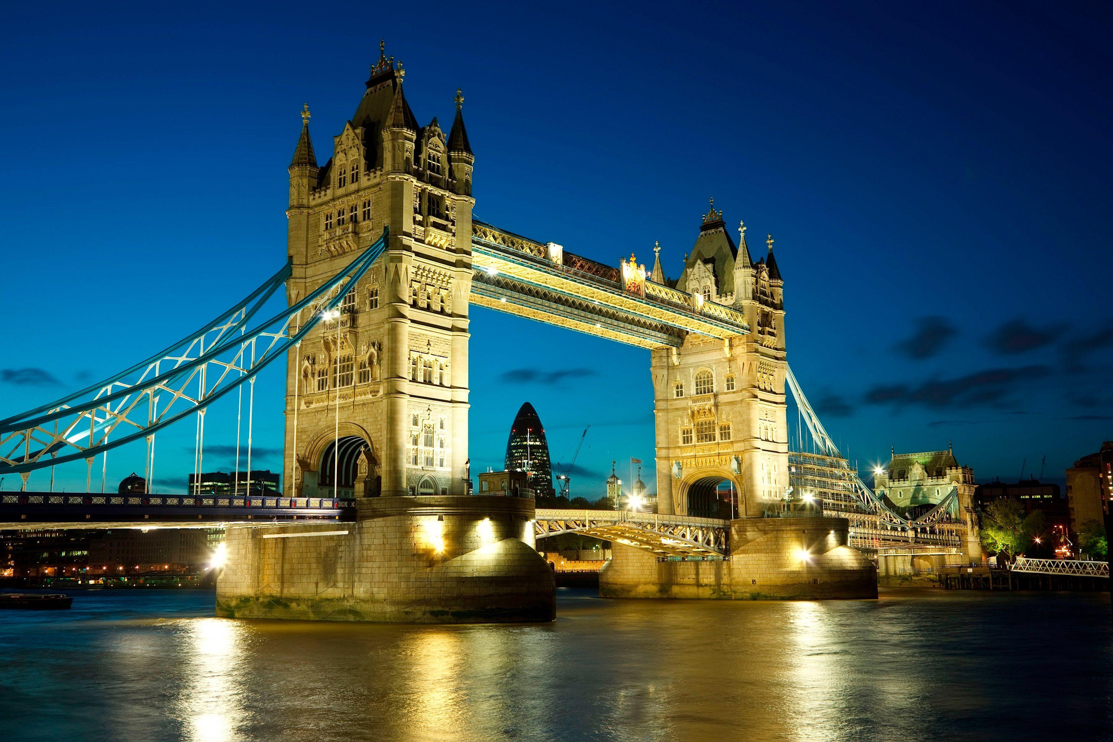PAPERMOON Fototapete »Tower Bridge«, BlueBack, 7 Bahnen, 350 x 260 cm