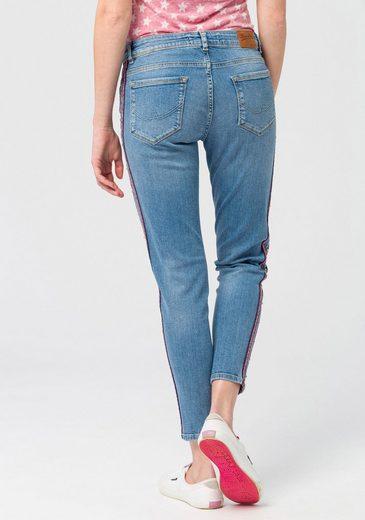 Superdry Skinny-fit-Jeans »CASSIE SKINNY« mit modischen Seitenstreifen und Nieten