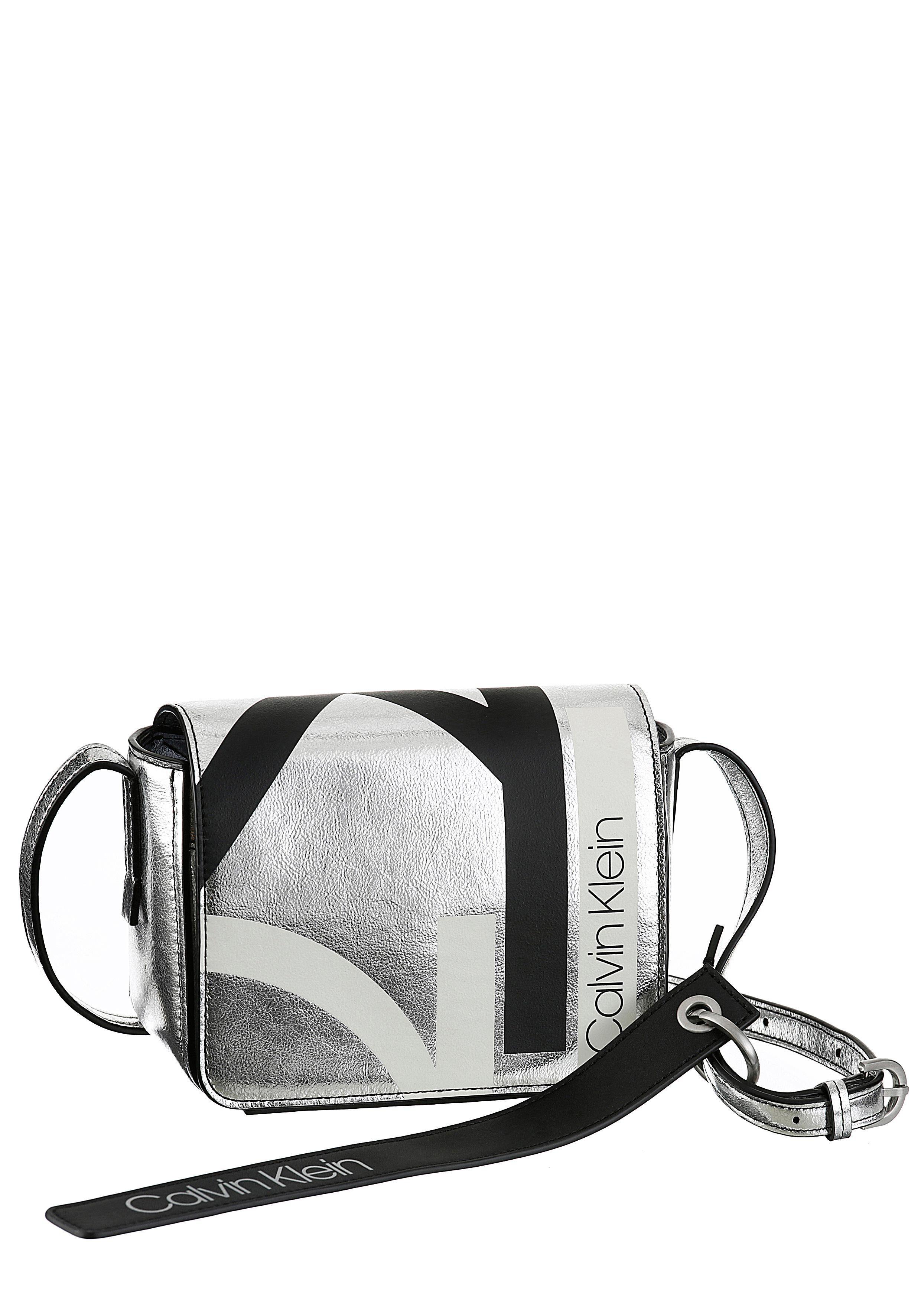 Calvin Klein Mini Bag »CK BASE«, mit abnehmbarem Logo Anhänger