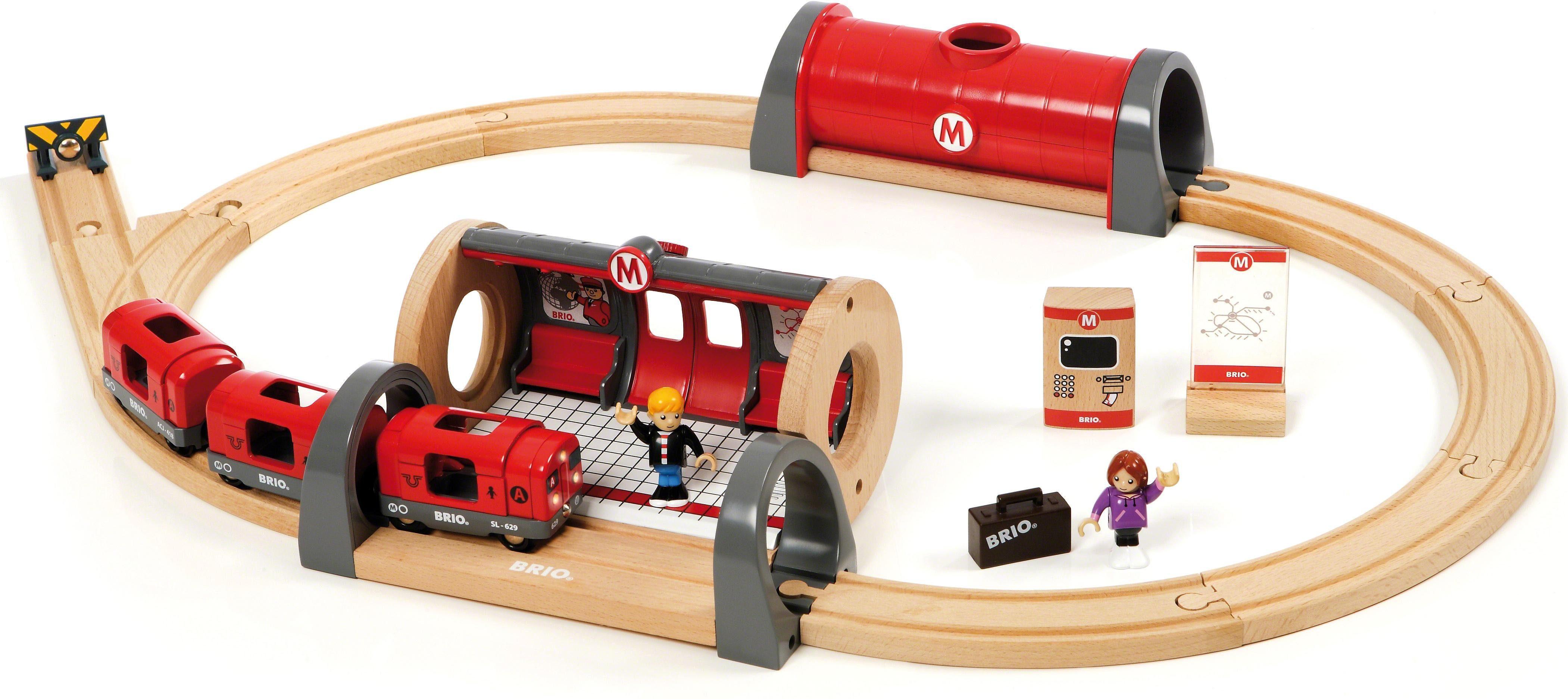 Brio® Holzeisenbahn Set, »BRIO® WORLD Metro Bahn Set«
