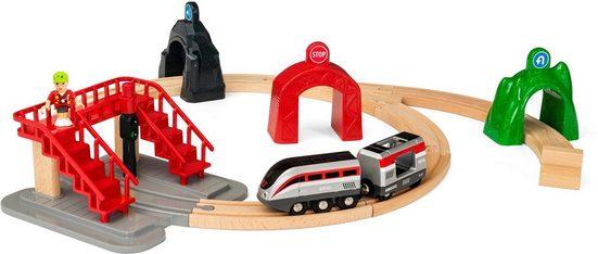 BRIO® Spielzeug-Eisenbahn »BRIO® WORLD Großes Smart Tech Reisezug Set mit Action Tunnels«, (Set)