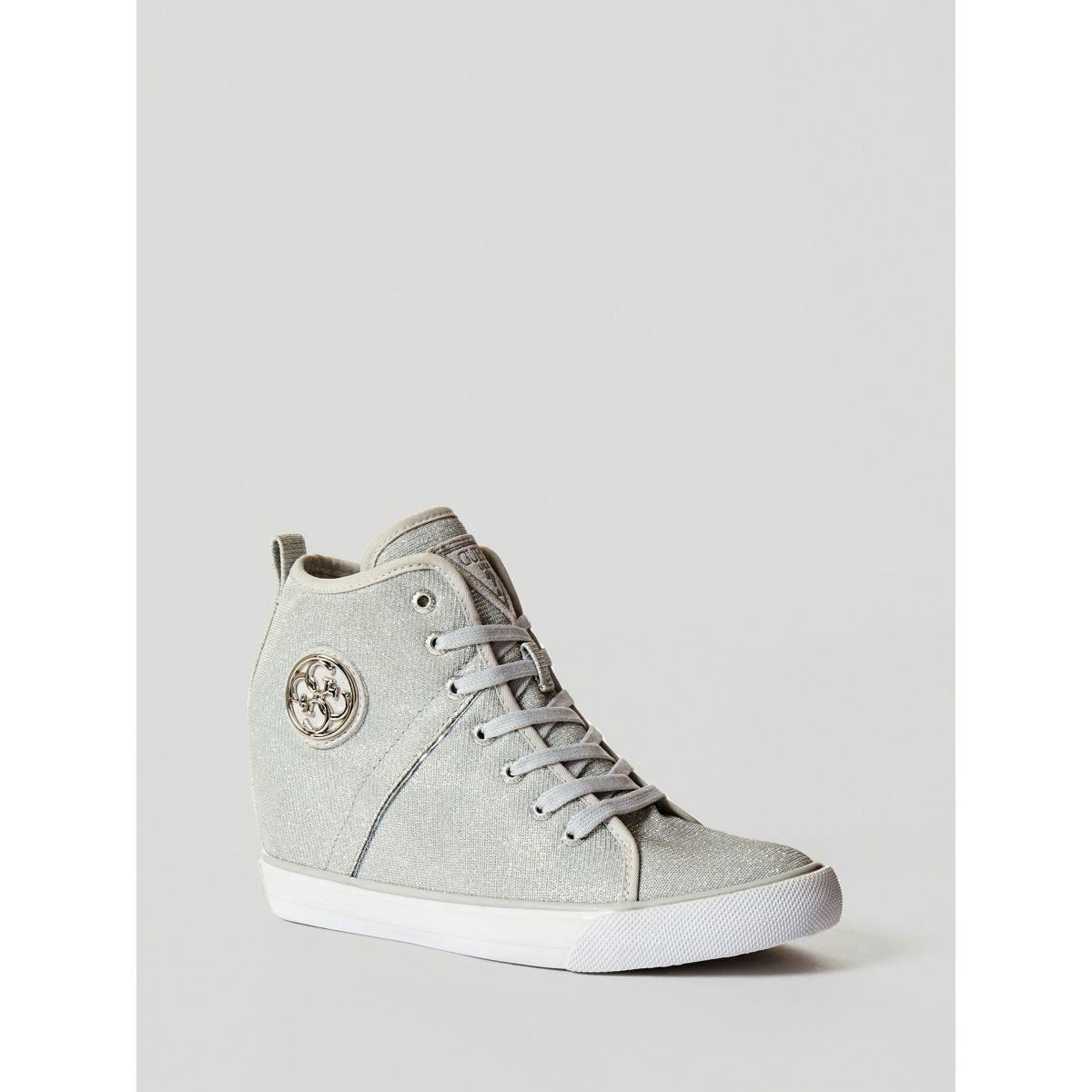 Guess Sneaker online kaufen  silberfarben
