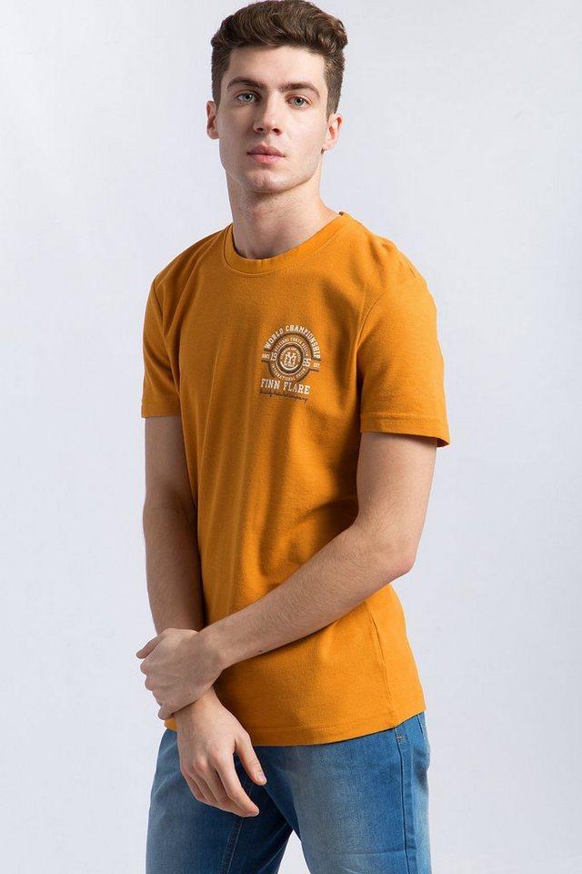 Herren Finn Flare T-Shirt mit sportlichem Frontdruck orange | 06438157222398