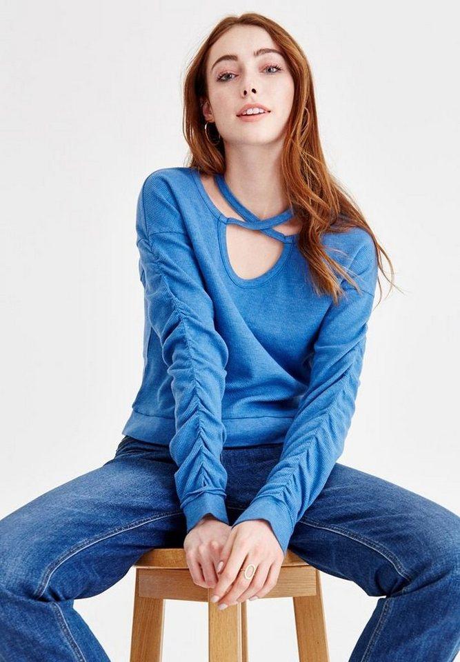 67131c09f6a2f2 OXXO V-Ausschnitt-Pullover mit modischen Bänder Details online ...