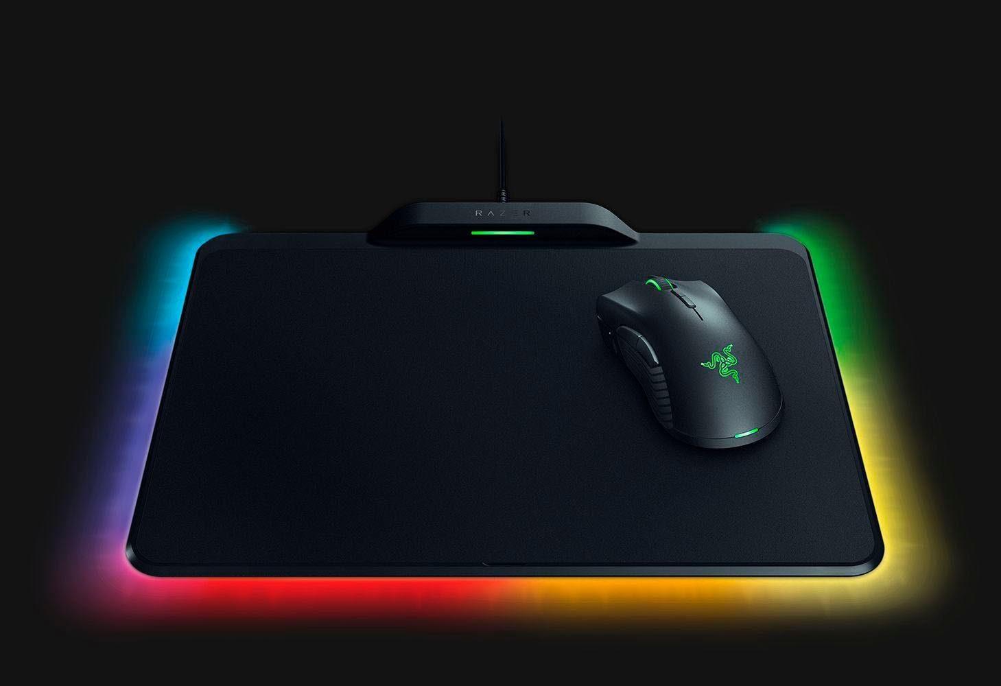 RAZER »Mamba HyperFlux« Gaming-Maus (induktiv, kabelgebunden, 1 dpi, + Firefly HyperFlux Mauspad)