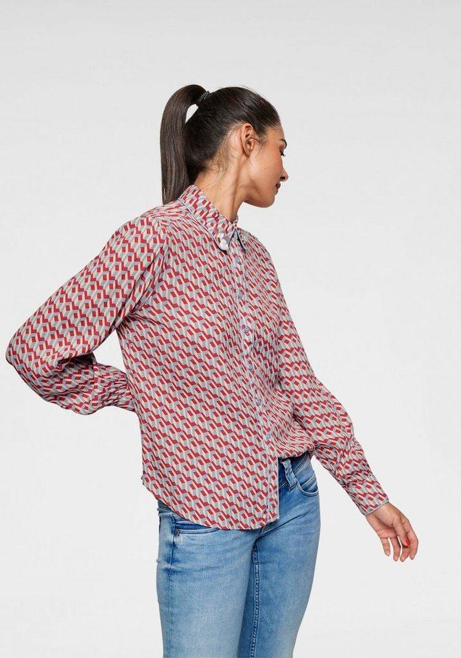 992719c8367 pepe-jeans-hemdbluse-nelly-mit-graphic-print -schmucksteinen-am-kragen-rot-hellblau-gemustert.jpg  formatz