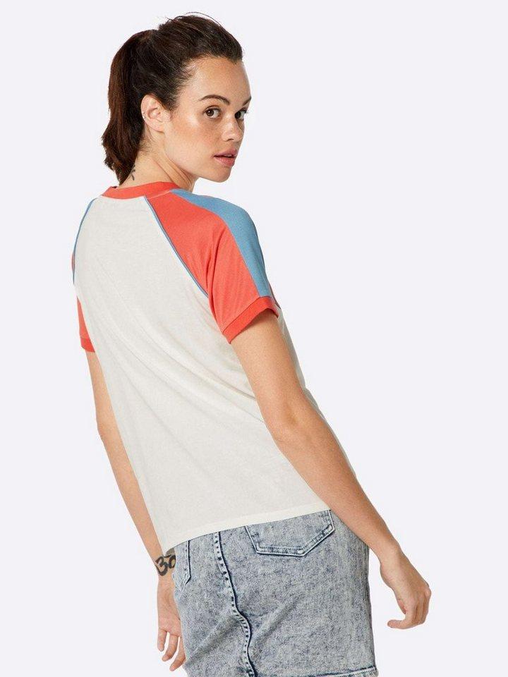 Wrangler V-Shirt