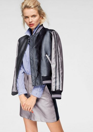 Pepe Jeans Lederimitatjacke »MABEL« im College-Design & in Metallic-Optik