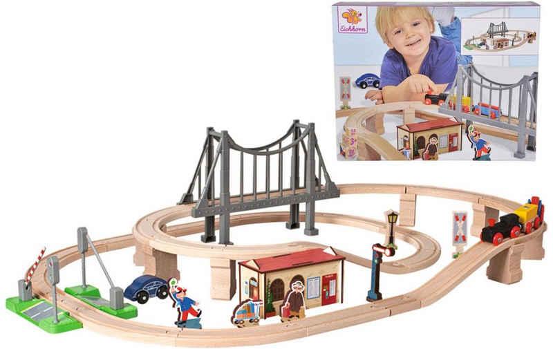Eichhorn Spielzeug-Eisenbahn »Bahnset mit Brücke, 54-tlg.«, (Set, 54-tlg), aus Holz; Made in Europe, FSC®-Holz aus gewissenhaft bewirtschafteten Wäldern