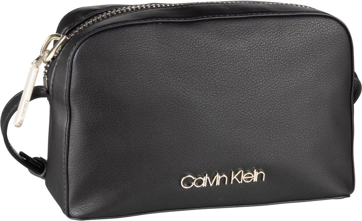 Damen Calvin Klein Umhängetasche Drive Camera Bag schwarz   08719115061456