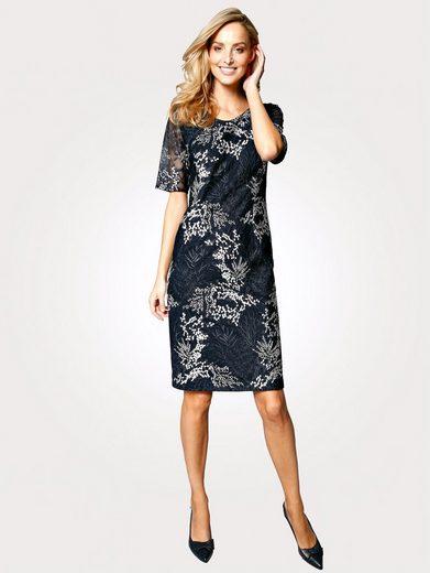 Mona Kleid mit floraler Stickerei