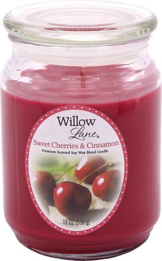 Candle-lite™ Duftkerze »Willow Lane - Sweet Cherries & Cinnamon« (1-tlg)