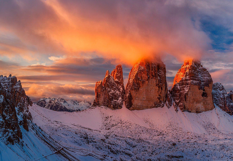 IDEALDECOR Fototapete »Berggipfel Italien«, BlueBack, 4 Bahnen, 368 x 254 cm