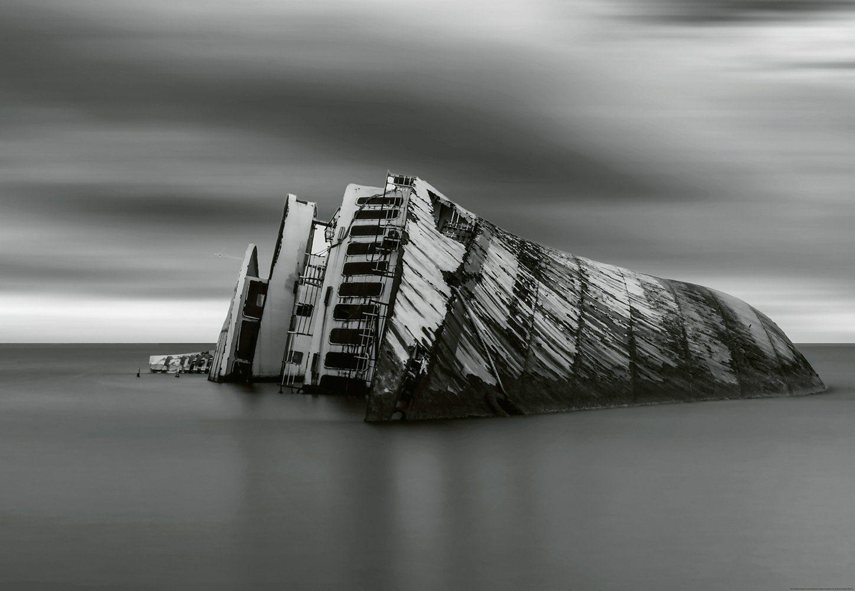 IDEALDECOR Fototapete »Modernes Wrack«, BlueBack, 4 Bahnen, 368 x 254 cm