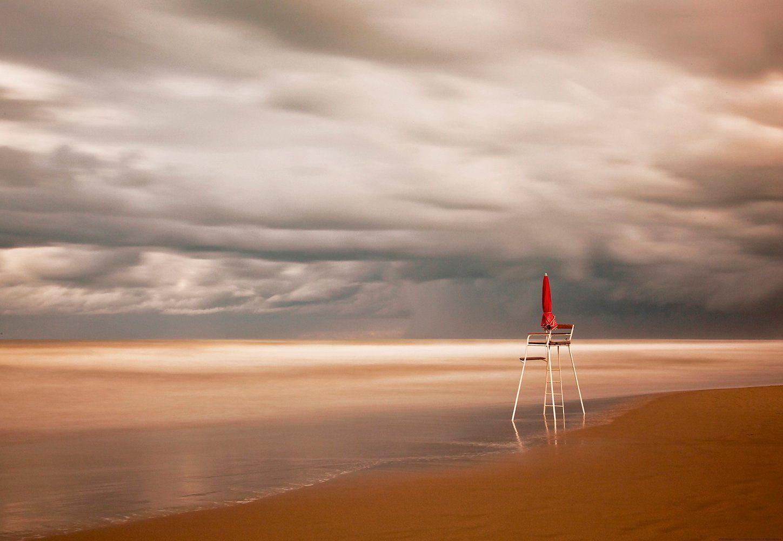IDEALDECOR Fototapete »Stuhl Strand«, Vlies, 4 Bahnen, 368 x 254 cm