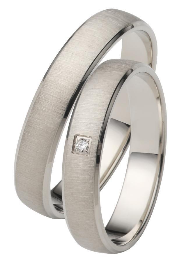 Firetti Trauring mit Gravur »quergebürstet, seitlicher Diamantschnitt« Made in Germany | Schmuck > Ringe > Ringe mit Gravur | Firetti
