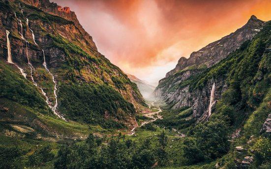 Vliestapete »Eden Valley«, naturalistisch
