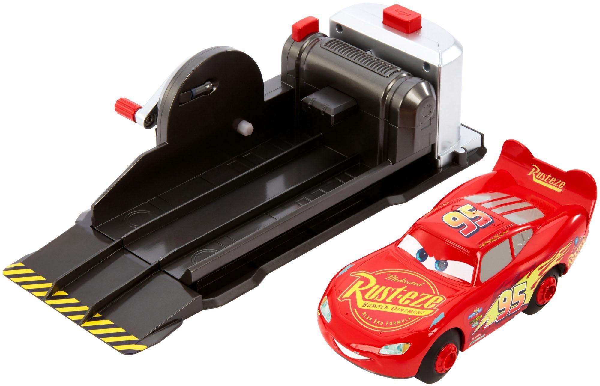 Mattel Spielset Spielfahrzeug, »Disney Cars Stunt-Champion McQueen«