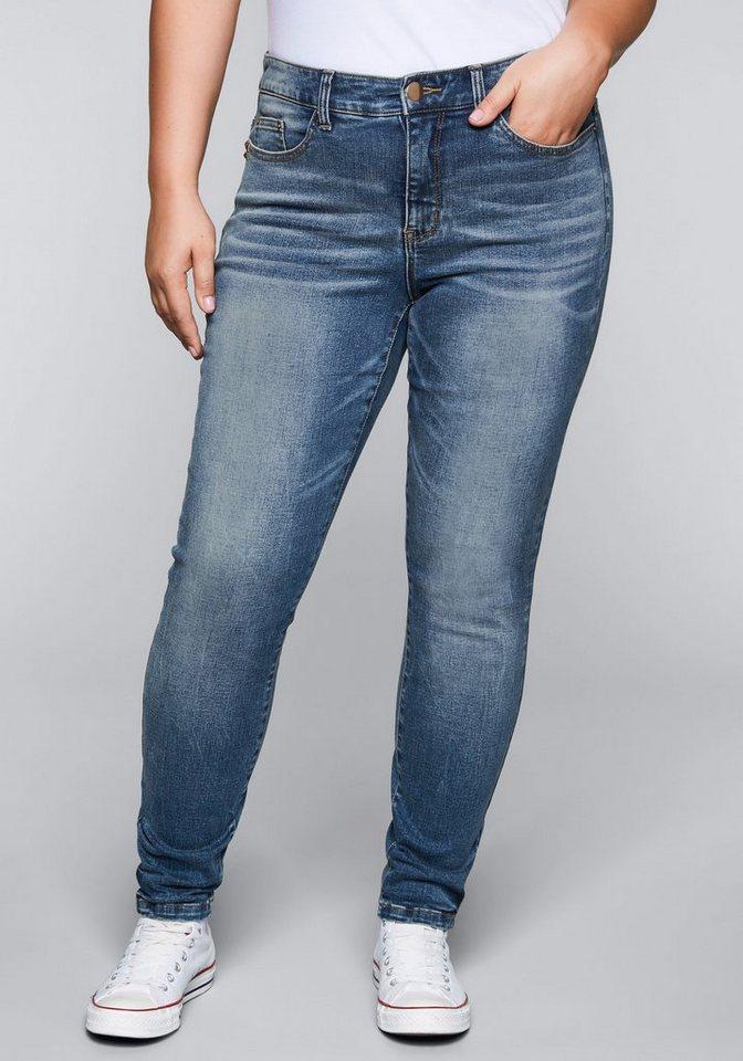 b9f16197bc sheego Denim Stretch-Jeans, Roségoldfarbene Metall-Accessoires ...