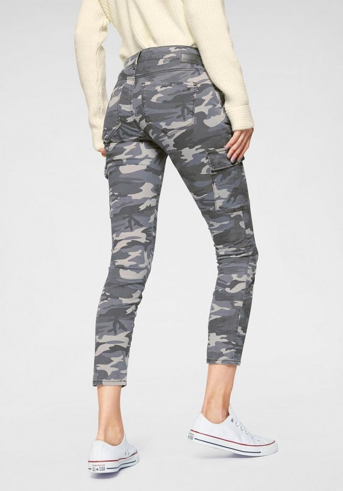 Mavi Cargojeans »JULIETTE« in Trendfarbe Camouflage | Bekleidung > Jeans > Cargojeans | Grau | Mavi