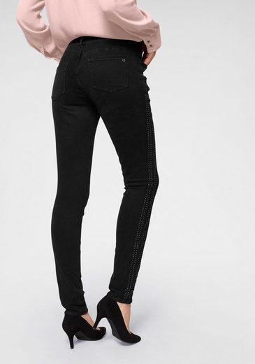 s.Oliver Skinny-fit-Jeans mit silber glänzenden Nieten