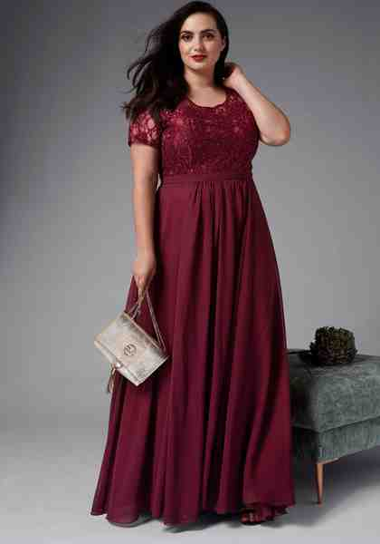 GMK Curvy Collection Abendkleid mit eleganter Spitze