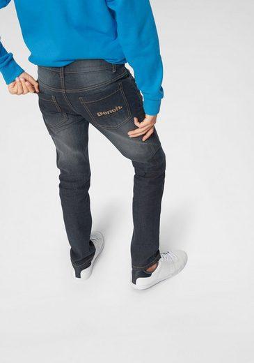 Bench. Stretch-Jeans regular fit mit schmalem Bein