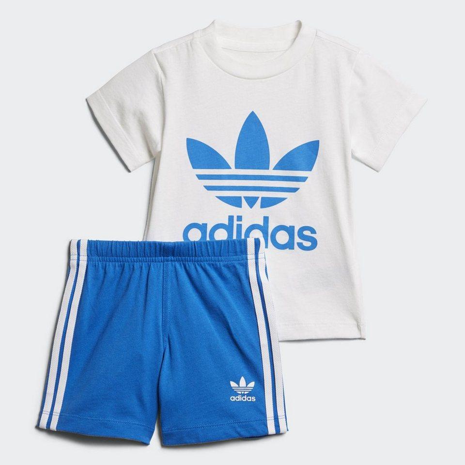 adidas originals trainingsanzug shorts und t shirt set. Black Bedroom Furniture Sets. Home Design Ideas