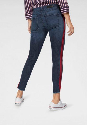 LTB Skinny-fit-Jeans »LONIA RED STRIPE« mit offenem Saum & seitlichem Streifen