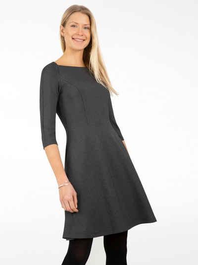 Apart Jerseykleid aus weichem, matt-glänzendem Jersey