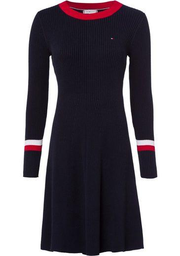 TOMMY HILFIGER Strickkleid »TH WARM C-NK FIT & FLARE DRESS« leicht wärmende Qualität