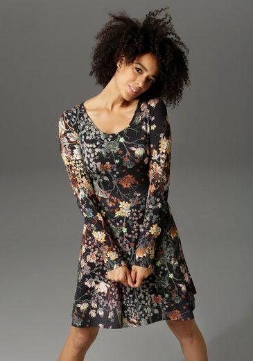 Aniston CASUAL Jerseykleid mit Blumendruck oder in uni Schwarz
