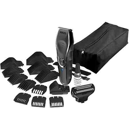 Ob Akku- oder Netzbetrieb, lange oder kurze Haare, Profi-Koffer mit viel Zubehör oder leicht bedienbare Geräte für zu Hause - bei unseren Haarschneidern werden Sie fündig!
