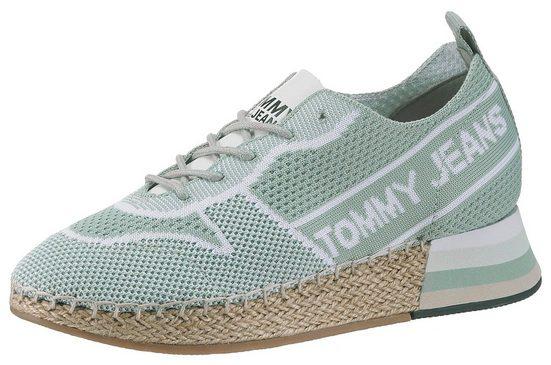 TOMMY JEANS »Kaia 2D« Keilsneaker mit teilbezogenem Keilabsatz