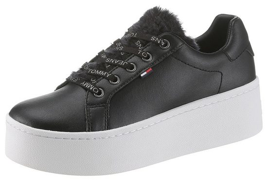 TOMMY JEANS »Roxie 4C« Sneaker mit cooler Plateausohle