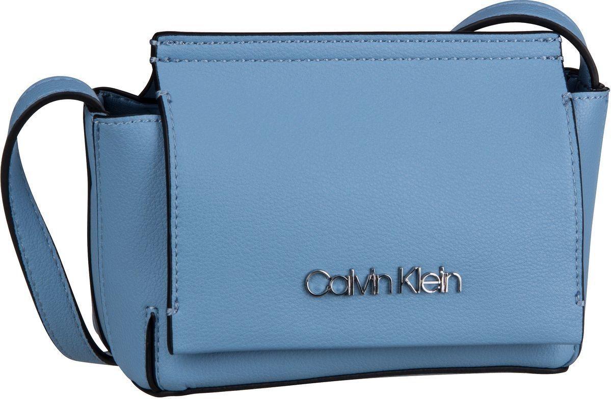 Damen Calvin Klein Umhängetasche Stitch Flap Crossbody    08719115340872