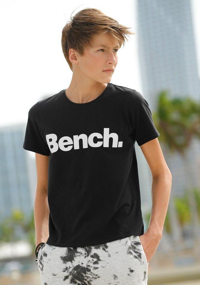 mäßiger Preis 100% Zufriedenheitsgarantie exklusive Schuhe Bench. T-Shirt mit Logodruck, Bequeme Basicform online kaufen | OTTO