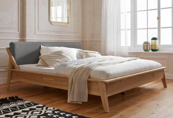 Guido Maria Kretschmer Home&Living Polsterbett »Calais«, mit Massivholzrahmen und gepolstertem Kopfteil, in 2 Trendfarben, Breite 180 cm