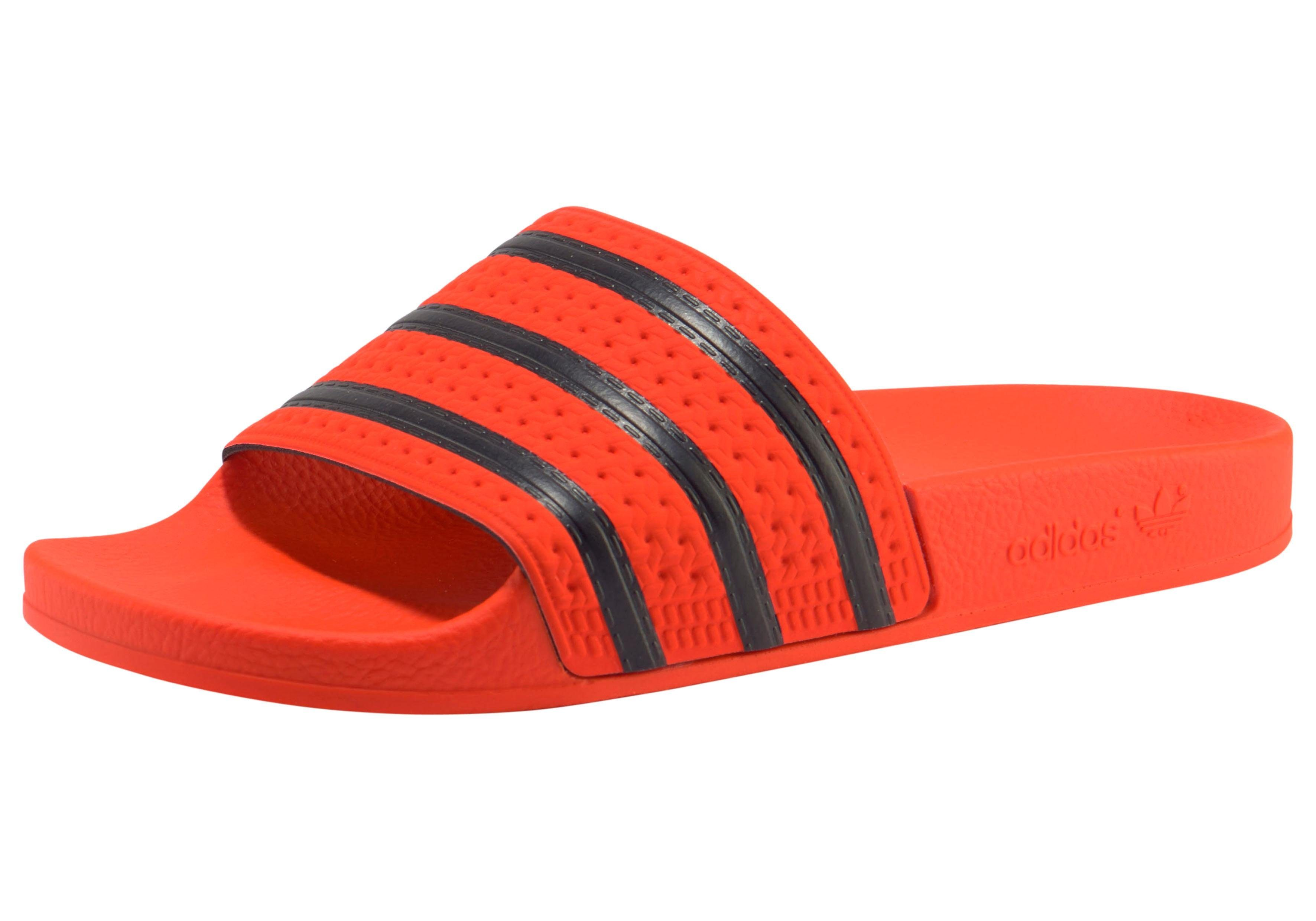 adidas Originals »Adilette« Badesandale, Strapazierfähiges Obermaterial aus Synthetik online kaufen | OTTO