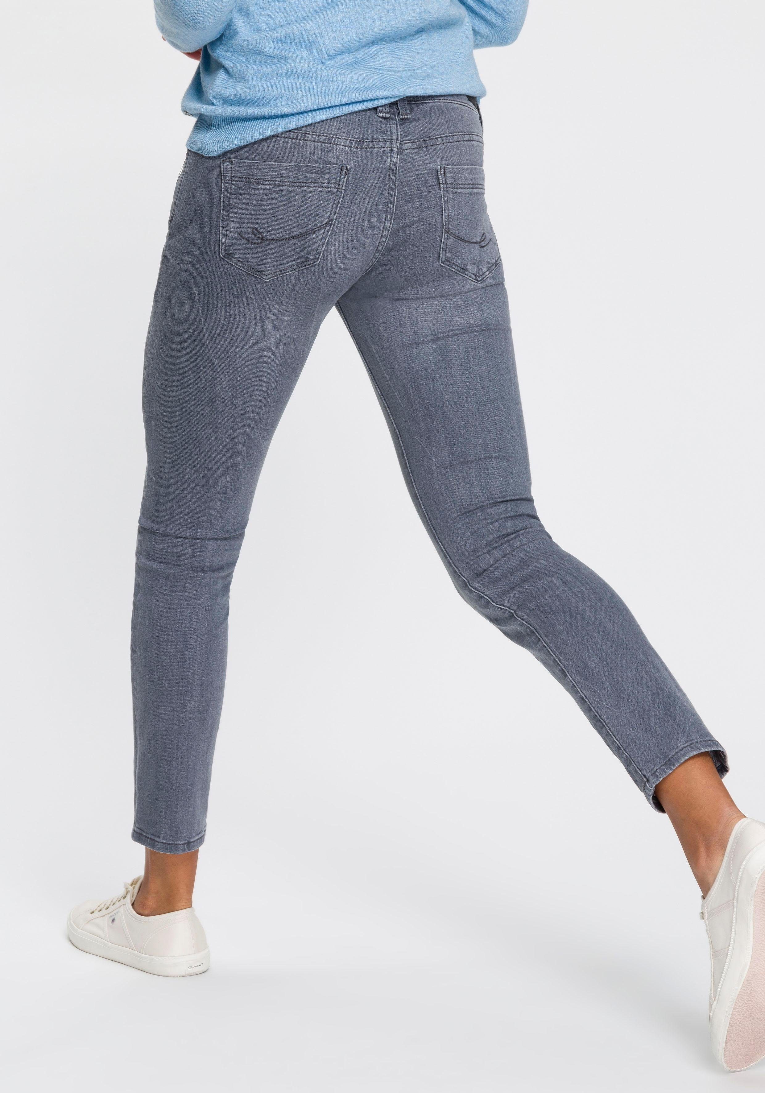 edc by Esprit 5-Pocket-Jeans in cooler Waschung