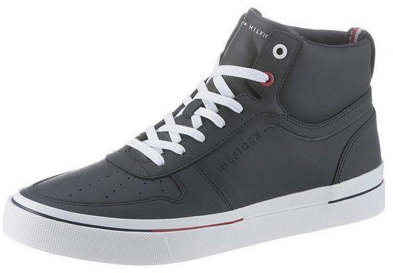 TOMMY HILFIGER »Leon 17A« Sneaker mit cooler Laufsohle in Kontrastfarben