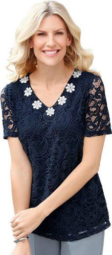Classic Basics Shirt mit üppigen Blüten-Applikationen am Ausschnitt