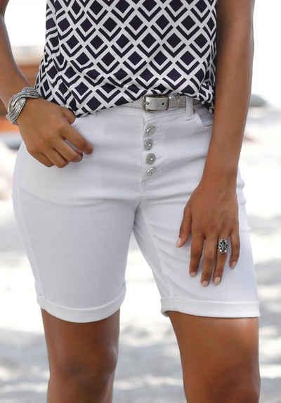 LASCANA Bermudas mit Knopfleiste