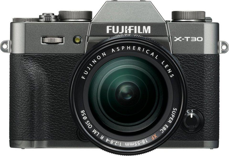 FUJIFILM X-T30 mit Objektiv XF 18-55mm F 2,8-4 R