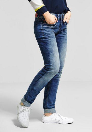 STREET ONE Slim-fit-Jeans mit dekorativen Nähten am Knie
