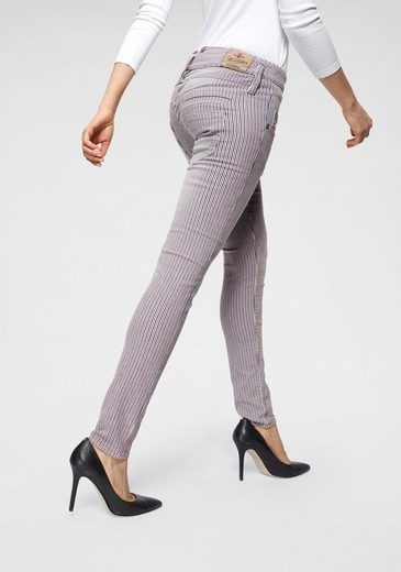 Herrlicher Slim-fit-Jeans »PITCH SLIM« Low Waist im Allover-Stripe-Look