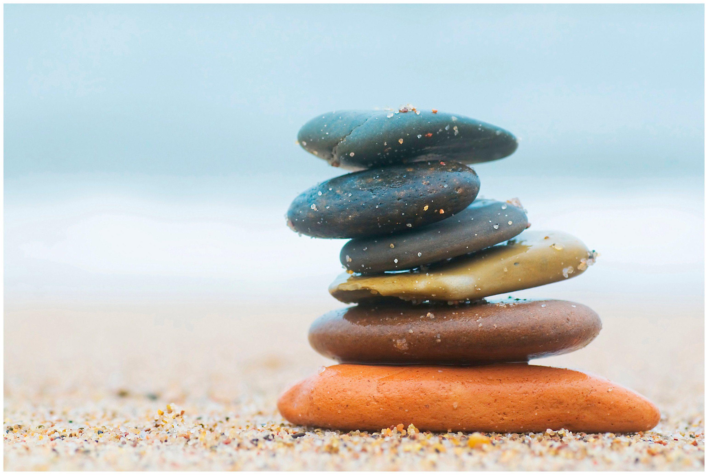 ART & PLEASURE Holzbild »Balanced stones«, aus Holz